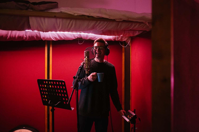 David Sneddon recording